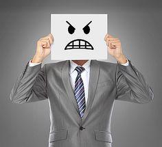Wie mies Ihr Ex-Chef auch war: Schimpftiraden über ehemalige Arbeitgeber haben in Vorstellungsgesprächen und am neuen Arbeitsplatz nichts zu suchen!