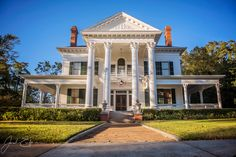 National Historical Register, 26 room Neoclassical with columns inside and out. English Oak mill work, original mantels, original pocket doors, lots of stained glass. Beautifully renovated living r…