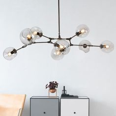 [Visit to Buy] LOFT Industrial Chandeliers Globe Glass Lights Modern Minimalist Design Chandelier Hanging in Living Room/Restaurant Lamps Chandelier, Industrial Chandelier, Vintage Pendant Lighting, Minimalist Living Room, Glass Lighting, Retro Lamp, Living Room Restaurant, Living Room Lighting, Modern Shade