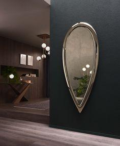 Dressing Table Mirror Design, Dressing Mirror, Glass Bedroom Furniture, Mirror Panels, Wall Mirrors, Modern Mirror Design, India Home Decor, Luxury Mirror, Metal Mirror
