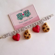 Cookies and red hearts ♡