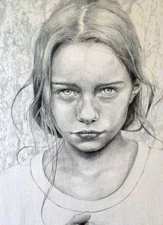 Nice young teen  / 1 / Original / Portrait pris sur DeviantArt pour études de proportions pour l'élaboration d'un dessin par Jacques @Free7Freejac 2016 / Taotek Art – Communauté – Google+
