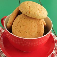 Τα απόλυτα νηστίσιμα μπισκότα. Μια εύκολη συνταγή για υπέροχα μπισκότα με ταχίνι με τραγανό περίβλημα, μαλακό εσωτερικό, γνώριμα αρώματα πορτοκαλιού και κο