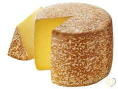 Fromage AOP Cantal, un nouveau film publicitaire Fromage Aop, Fromage Cheese, Queso Cheese, Cheese Dishes, Cheese Recipes, Cooking Recipes, Grapes And Cheese, Milk And Cheese, Wine Cheese