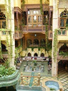Worlds Most Famous Men Interior Designers / Decorators