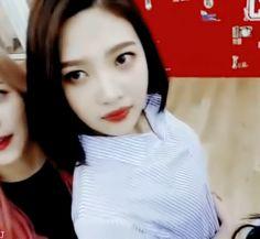 Red Velvet // Joy