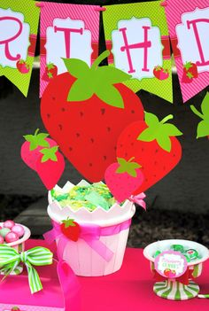 STRAWBERRY Party - Strawberry Centerpieces - BURSTS