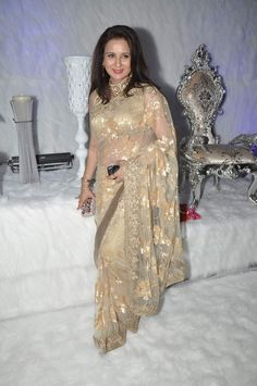 Bollywood Celebs at Poonam Dhillon's Birthday Party on April 17, 2013