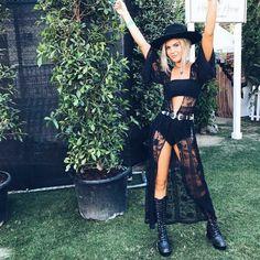 16 Ideas Music Festival Outfit Black Coachella For 2019 Coachella Festival, Rave Festival, Festival Wear, Coachella 2018, Black Festival Outfit, Music Festival Outfits, Music Festival Fashion, Festival Clothing, Music Festivals