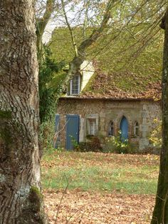 """Old French """"fixer-upper"""" - wouldn't it be something?                                                                                                                                                                                  More"""