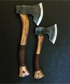 The Amazing - Cool - Knives And Tools, Knives And Swords, Wood Axe, Throwing Axe, Tomahawk Axe, Viking Axe, Beil, Old Tools, Carving Tools