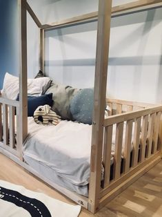 Other TEO BEDS products: WWW.TEOBEDS.COM SIZE GUIDE: If the dimensions shown do not match you, please contact us directly, we will make the bed size you need! :) Make your toddlers transition from crib to toddler bed simple and fun! This simple yet inspiring bed frame will be the perfect piece to Twin Size Toddler Bed, Toddler Bed Frame, Kids Bed Frames, House Frame Bed, House Beds, Teepee Bed, Painted Beds, Hardwood Furniture, Kid Beds