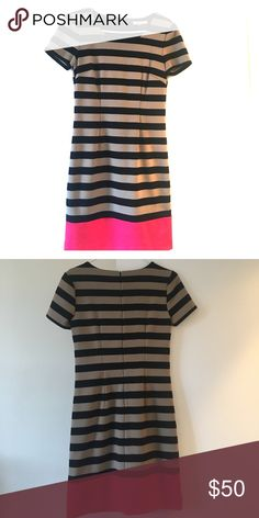 Banana Republic striped Dress Great condition - perfect dress for work or a professional event. Conservative, but hits above the knee/mid thigh. Banana Republic Dresses Midi