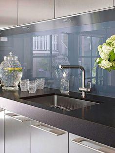 Gorgeous #contemporary #kitchen #design  #Modern #Silver #Metallic #Blue #Splashback #Black #Inspiration #InteriorDesign #StJames Design