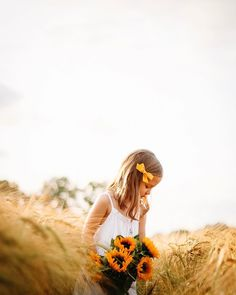 """Everly, Rendell, Daniel on Instagram: """"Summer in it's full glory ✨ Once again we went chasing that magical golden hour 🌾....   #summerbliss #sunflower #magicalchildhood…"""" Instagram Summer, Golden Hour, In This Moment, Lifestyle, Couple Photos, Couple Shots, Couple Photography, Couple Pictures"""