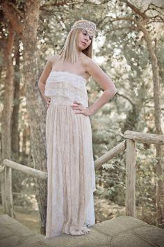 Boho Hochzeit Kleid, Brautkleid Creme, Lace Hochzeit Kleid, Vintage Wedding, Böhmisches Kleid Gipsy Brautkleid, handgefertigt, SuzannaMDesigns von SuzannaMDesigns auf Etsy https://www.etsy.com/de/listing/108995151/boho-hochzeit-kleid-brautkleid-creme