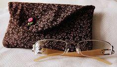 Porta óculos Coisinhas da Gê: Meus trabalhos