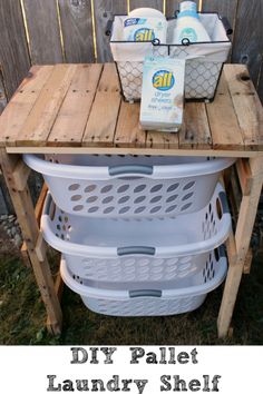 Pallet Shelves Projects DIY-Laundry-Pallet-Shelf-min - On the budget and need of expensive-looking things? Try these 15 DIY organization ideas to make your home organized and beautiful without spending a lot. Wooden Pallet Projects, Wooden Pallet Furniture, Wooden Pallets, Diy Projects, Pallet Benches, Pallet Couch, Pallet Tables, Pallet Bar, Outdoor Pallet