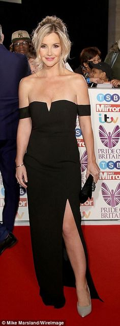 Holly Willoughby stuns in lilac gown at Pride of Britain Awards 2017 Helen Skelton, Pride Of Britain, Susanna Reid, Tv Girls, Holly Willoughby, Tv Presenters, Celebs, Celebrities, Most Beautiful Women