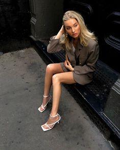 elsa hosk / elsa & elsa frozen 2 & elsa cake & elsa birthday party & elsa birthday cake & elsa hosk & elsa and jack frost & elsa pataky Good Girl, Vogue, Foto Instagram, Elsa Hosk, Feminine Dress, Models Off Duty, Vintage Denim, Fashion Outfits, Fashion Tips