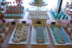 So Sunny. Candybar in pink and blue. Mesa de dulces con pajaritos y tonos pastel.