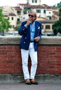 """Pitti Uomo Men's Fashion Icons: LINO IELUZZI: Il Capo di Al Bazar // www.facebook.com/victoramaroblog //  www.victoramaroblog.com/2014/05/pitti-uomo-mens-fashion-icons-lino.html?m=1  Lino Ieluzzi: """"il capo di Al Bazar"""" (proprietario del suo negozio a Milano) e uno degli uomini meglio vestiti del mondo. Se dobbiamo parlare di icone della moda uomo e lo stile italiano che citare Lino. Famosa in tutto il mondo. Un vero gentiluomo e una brava persona. Felice di essere amici con lui e scrivere…"""