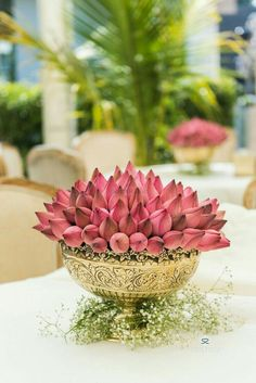 Garden Wedding Decorations, Diwali Decorations, Festival Decorations, Flower Decorations, Indian Wedding Flowers, Housewarming Decorations, Flower Rangoli, Background Decoration, Wedding Plates