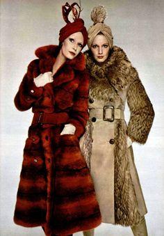 L'officiel magazine 1971 Christian Dior fur coats