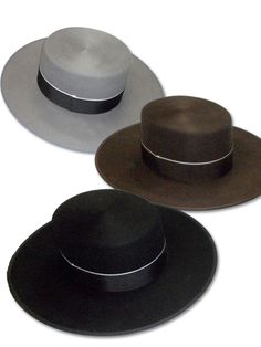Sombreros Ubaldo, Victoria Mena