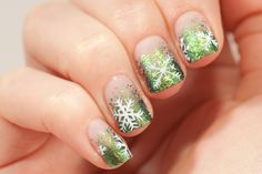 Ultrachrome Flakie Winter Manicure