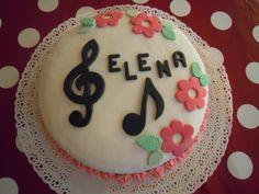 TORTA MUSICALE PER LA PRIMA COMUNIONE  http://creandosicrescecrescendosicrea.tumblr.com/post/51135860453/altra-torta-per-la-prima-comunione-di-elena