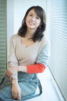 Japanese Beauty, Turtle Neck, Tees, Sweaters, Yahoo, Beautiful, Bicycle, Life, Fashion