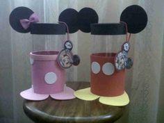 carita de minnie mouse en foami - Buscar con Google Dulceros Mickey Mouse, Minnie Mouse Party, Mouse Parties, Minnie Mouse Decorations, Twins 1st Birthdays, Bazaar Ideas, Ideas Para Fiestas, Baby Art, Party Bags
