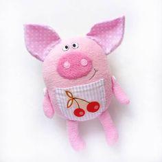 Pig by @altoys. Funny pig, pig toy, piggy. Хрюшка, поросенок, символ года Pig Crafts, Felt Crafts, Pig Baby Shower, Handmade Stuffed Animals, Animal Sewing Patterns, Cute Piggies, Baby Pigs, Monster Dolls, Toy Craft