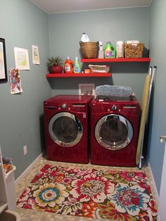 Hmmm...I wonder if I have a laundry room this cute I'll enjoy doing the laundry... Red Laundry Rooms, Laundry Room Rugs, Laundry Room Colors, Laundry Room Remodel, Laundry Room Design, Laundry In Bathroom, Laundry Closet, Laundry Dryer, Doing Laundry