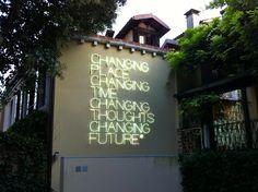 Maurizio Nannucci sculpture at the Peggy Guggenheim Museum, Venice