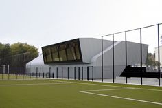 Two Sports Centers Boshuizerkade / René van Zuuk Architects