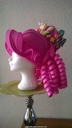 perruque cirque foam- Candy foam wig made by Lady Mallemour Foam Studio Art Costume, Diy Costumes, Foam Wigs, Yarn Wig, Diy Wig, Paper Flower Tutorial, Living Dolls, Foam Crafts, Diy Mask