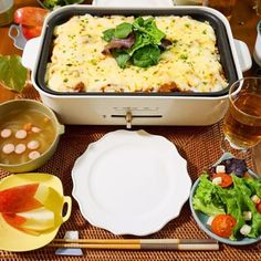夕飯 人気レシピ40 Easy Cooking, Cooking Recipes, Food Menu, Potato Salad, Mashed Potatoes, Macaroni And Cheese, Food And Drink, Yummy Food, Dishes