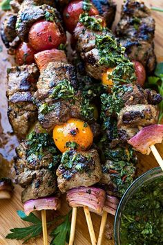 Grilled Steak Kebabs 21 Killer Kebabs To Serve At Your Next Bbq Grilled Steak Recipes, Grilled Meat, Beef Recipes, Cooking Recipes, Healthy Recipes, Grilled Vegetables, Grilled Steaks, Grilled Vegetable Skewers, Bbq Vegetables