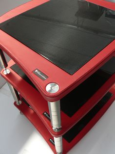 B by BASSOCONTINUO - the ultimate bespoke experience / Red genuine leather meets carbon fiber. Hifi Stand, Audio Stand, Speaker Stands, High End Hifi, High End Audio, Cambridge Audio, Room Acoustics, Audio Rack, Hi End