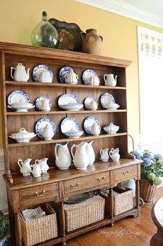 Dining Room Refresh and Changes - Blue and white, ironstone pitchers and creame. - Dining Room Refresh and Changes – Blue and white, ironstone pitchers and creamers via Housepital - White Kitchen Decor, Rustic Kitchen, Country Kitchen, Dining Room Shelves, Dining Room Hutch, Diy Interior, China Hutch Decor, English Decor, Diy Kitchen Storage