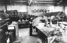 Charles & Ray Eames、James B.