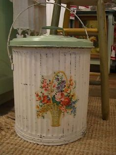I need this trash can.  (of course I wouldn't put trash in it!)
