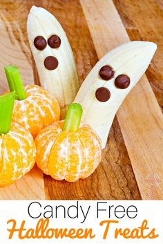 Need some ideas for candy free Halloween treats? Find 40+ solutions here. Perfect for families with food allergies.