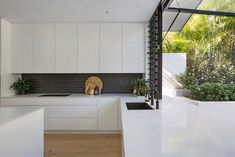 Braeside Joinery are your local Northern Beaches Joinery Experts. Working with builders and property owners, delivering quality joinery, on-time on budget. Black Sink, Open Fires, Skylights, Timber Flooring, Butler Pantry, Subway Tiles, Beautiful Lights, Joinery, Sinks