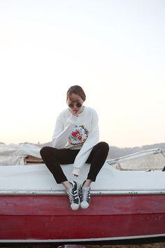 Fashiontoany Floral Top, Zara Black Pants, Adidas Sneakers