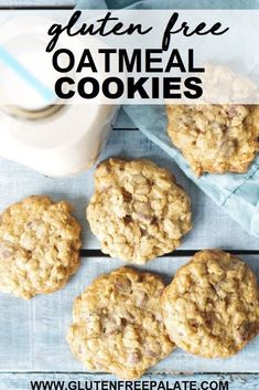 Crunchy, chewy, and oh-so delicious, these Gluten-Free Oatmeal Cookies will disappear in no time. This recipe is simple to make and doesn't use any expensive ingredients or labor intensive steps. Scones Sans Gluten, Cookies Sans Gluten, Dessert Sans Gluten, Easy Gluten Free Desserts, Gluten Free Cookie Recipes, Gluten Free Appetizers, Gluten Free Chocolate Chip Cookies, Bon Dessert, Dessert Simple
