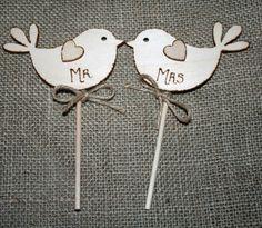 Mr & Mrs Bird Cake Topper Rustic Cake Topper by Melysweddings Bird Cake Toppers, Rustic Cake Toppers, Wedding Cake Toppers, Wedding Cakes, Rustic Wedding, Our Wedding, Wedding Ideas, Wedding Stuff, Love Birds Wedding