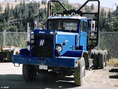 D. Barton's restored 1971 HD is used several times a year, 350 Cummins, 13 speed. - H. Rabe collection